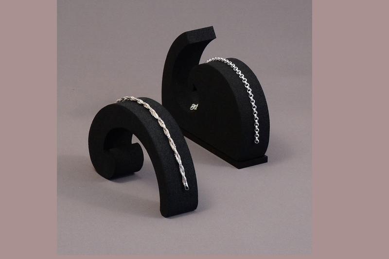 Les supports pour les bracelets